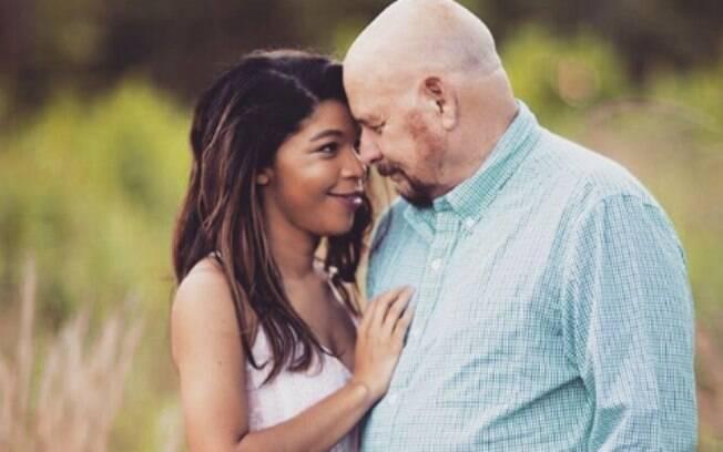 Jayme diz que o casamento não é um amor falso e que o seu maior medo é ver o marido morrendo primeiro que ela
