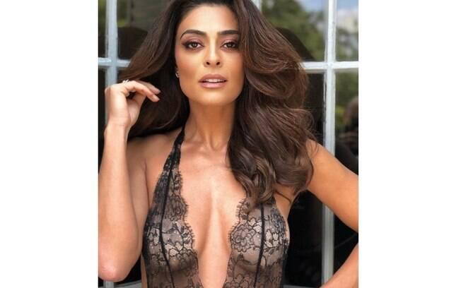 Juliana Paes posa de lingerie e encanta seguidores nas redes sociais