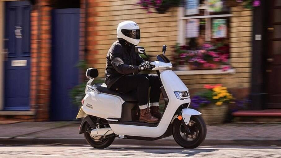 Sunra Robo S é capaz de atingir 80 km/h de velocidade máxima, de acordo com a fabricante