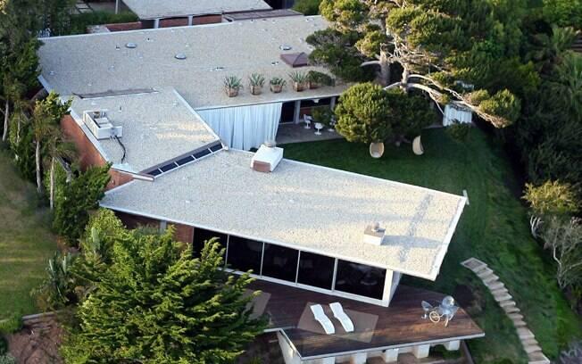 O casal Pitt e Jolie coloca a casa de Malibu à venda