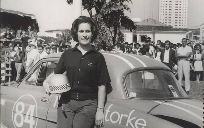 Graziela começou entre as mulheres da indústria automotiva, mas acabou partindo para o automobilismo