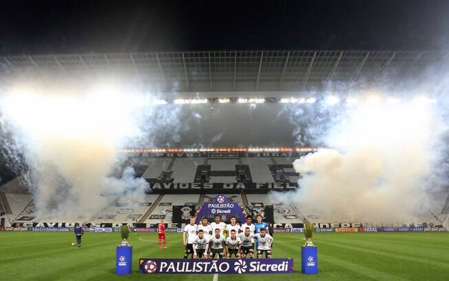 Elenco do Corinthians passa por testes de Covid-19