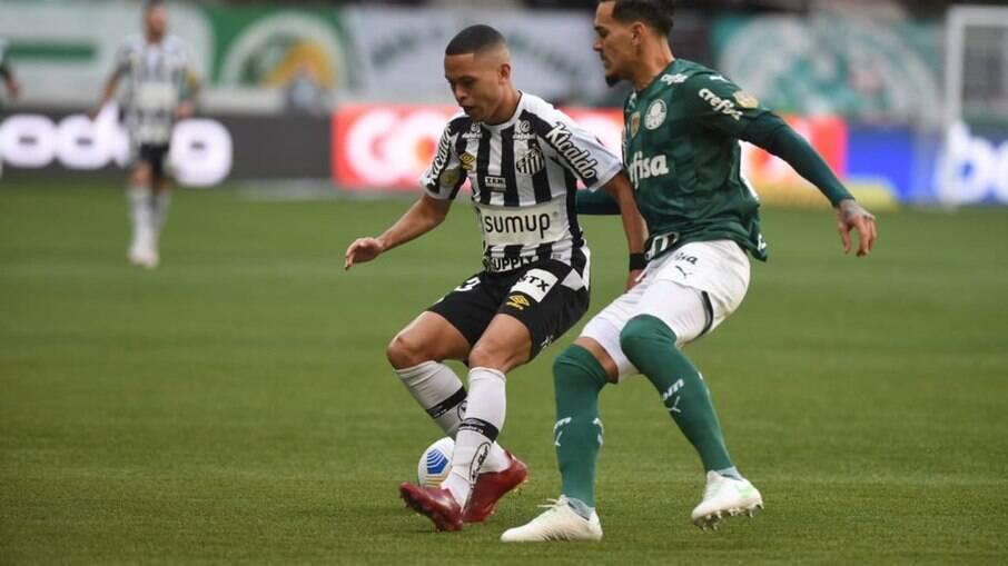 Palmeiras vence o clássico contra o Santos