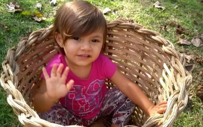 Menina Iara, de apenas 2 anos, está desaparecida desde a tarde da última quarta-feira