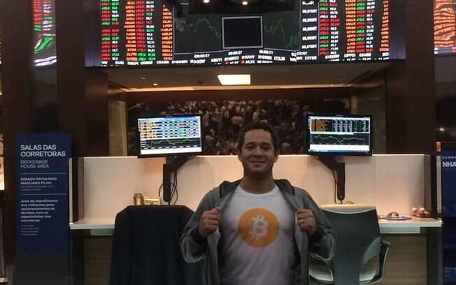 Hélio Silva começou investindo 50 reais no criptomercado e hoje acha que esse é o futuro