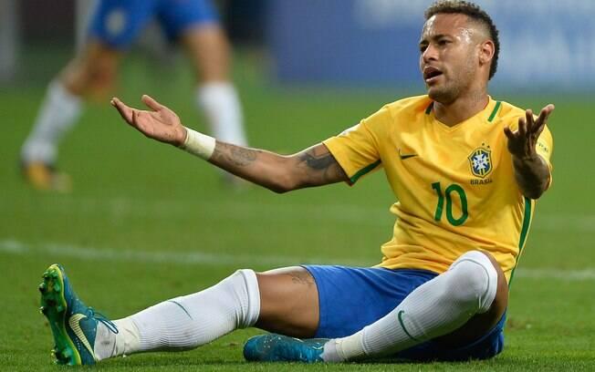 Neymar ficou em sétimo na lista da revista inglesa de piores contratações da temporada europeia