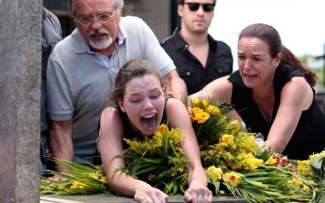 Linda surta ao pensar que o amigo Rafael morreu
