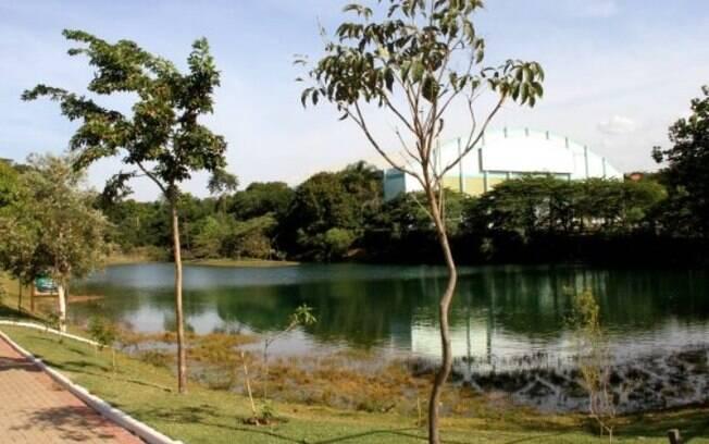 Jovem de 19 anos se afoga em lago de parque de Hortolândia