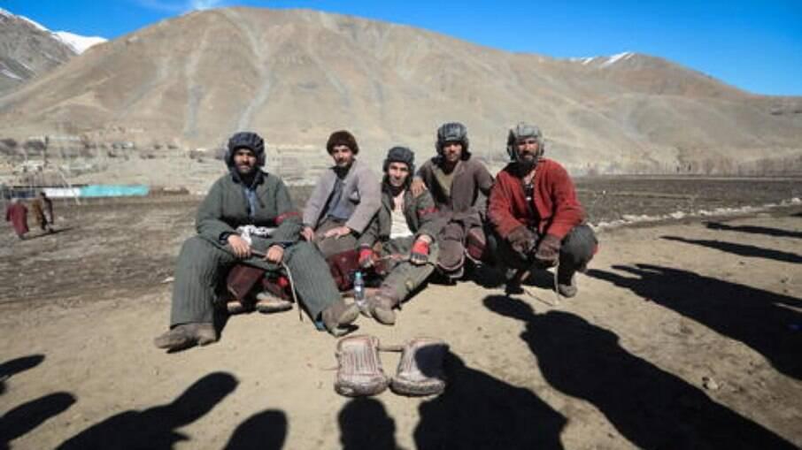 Talibã diz ter tomado controle de Panjshir; resistência nega