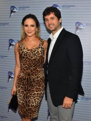 Claudia Leitte e o marido, Márcio Pedreira, no prêmio 'Profissionais do Ano', em São Paulo