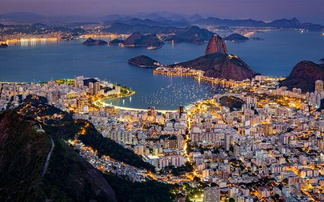 Divirta-se na noite carioca