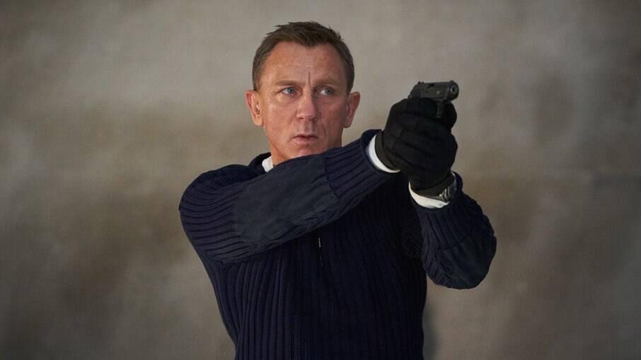 """""""007: Sem Tempo Para Morrer"""" chega aos cinemas na próxima quinta-feira (30), exibindo belas locações, que vão do sul da Itália à Jamaica"""