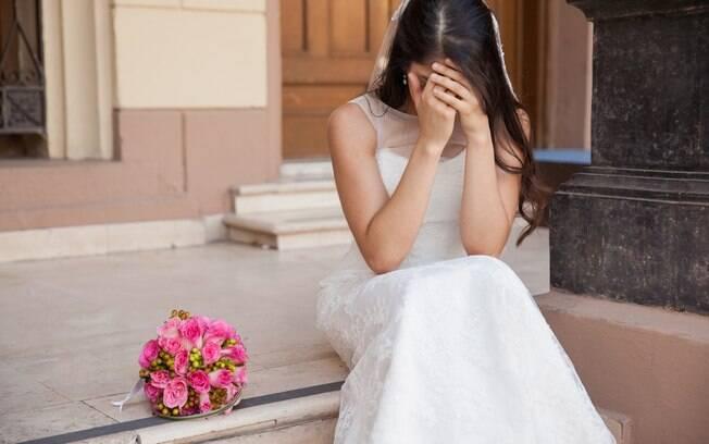 Noiva pensa em desistir de casamento cinco dias antes da cerimônia por se apaixonar por outro