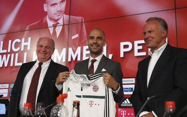 Pep Guardiola é apresentado como técnico do  Bayner de Munique