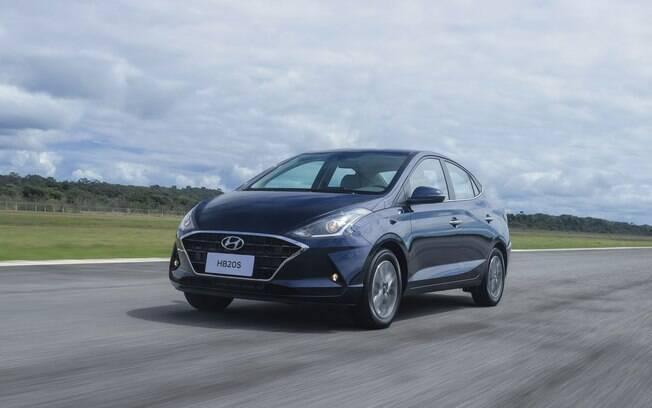 Hyundai HB20S passa a ser vendido até o fim do mês pelo mesmo preço do hatch, conforme a fabricante