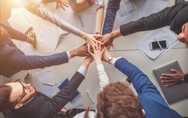 Alocar os profissionais na empresa com a ajuda dos testes comportamentais cria uma equipe mais feliz e comprometida