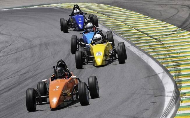 Corrida de Fórmula Vee em Interlagos