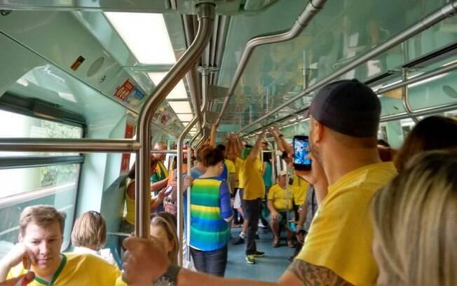 Protestantes escolheu o metrô como meio de locomoção. Foto: Bárbara Libório/iG São Paulo