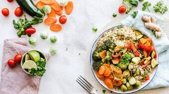 Manter uma dieta saudável ajuda o corpo a combater a Covid-19