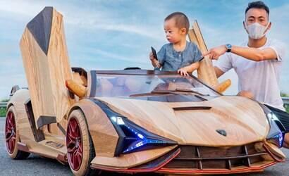 Homem fabrica Lamborghini Sian de madeira para o filho