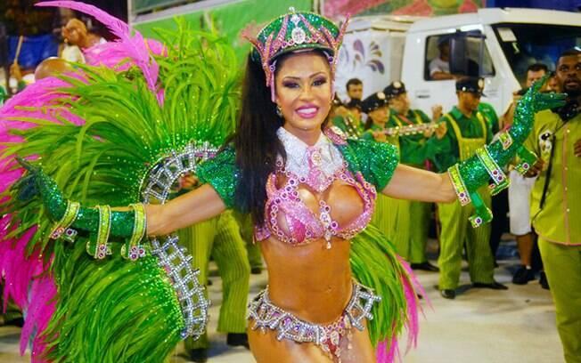 Gracyanne Barbosa perde posto de rainha e será destaque de chão da Mangueira em 2014