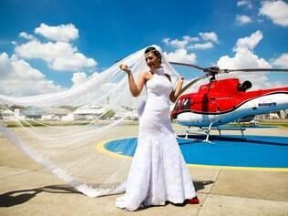 Joyce sempre soube que queria algo diferente no casamento: chegada de helicóptero foi perfeita