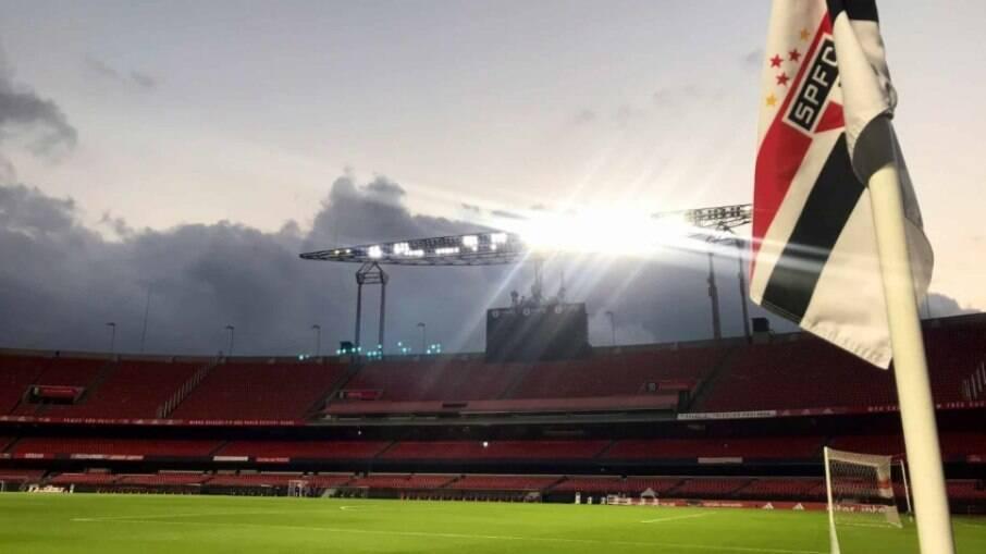 São Paulo busca vaga na semifinal do Paulistão