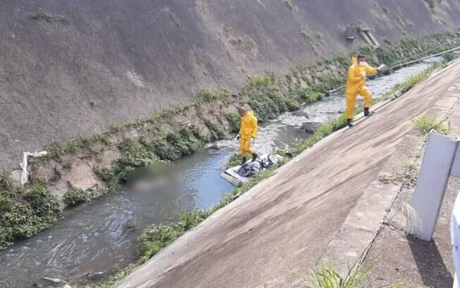 Corpo é achado dentro de córrego da Orosimbo Maia, em Campinas