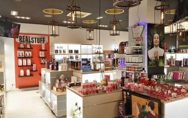 O sex shop Love Stop ficou no prejuízo após itens, banhados a ouro, serem levados por um ladrão no começo da semana