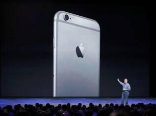 iPhone 6 foi anunciado no dia 9 de setembro e chega às lojas em 19 de setembro