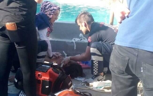 Carga elétrica em piscina matou cinco pessoas em parque aquática em Akyazi, na província de Sakyra, na Turquia