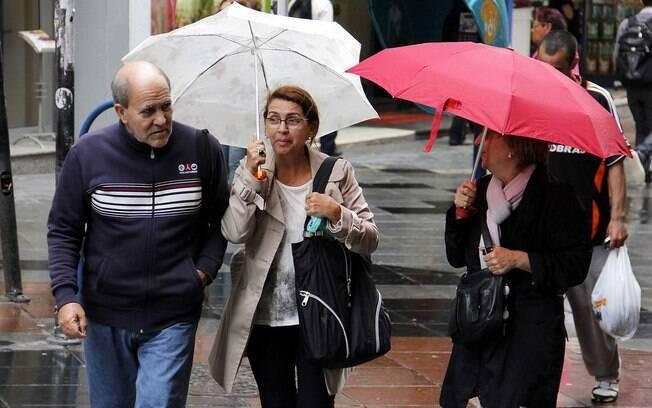 Previsão do tempo de São Paulo indica chuvas durante todo o dia e possibilidade de alagamentos