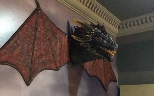 Dragão de Game of Thrones é trabalho do artista Fábio Bechinski