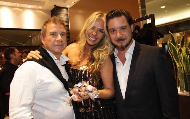 Galisteu com o sogro, Waldemar, e o marido, Alexandre