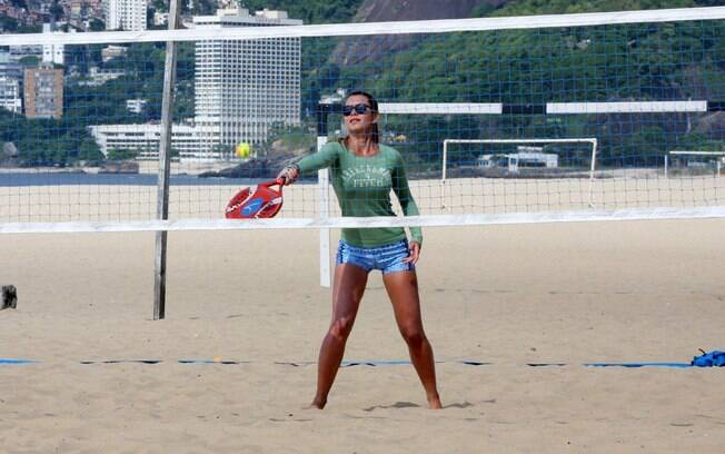 Letícia Wiermann na praia de Ipanema