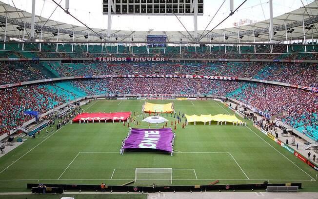 Torcidas de Bahia e Vitória esgotaram os 40 mil ingressos disponíveis para a partida deste domingo