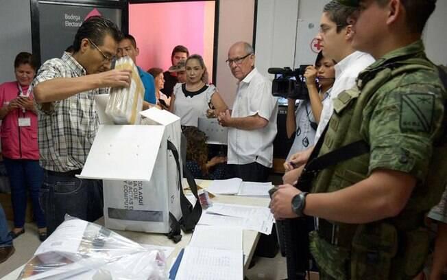 Além da escolha do novo presidente, o Congresso Nacional será renovado nas eleições no México, que ocorrem hoje