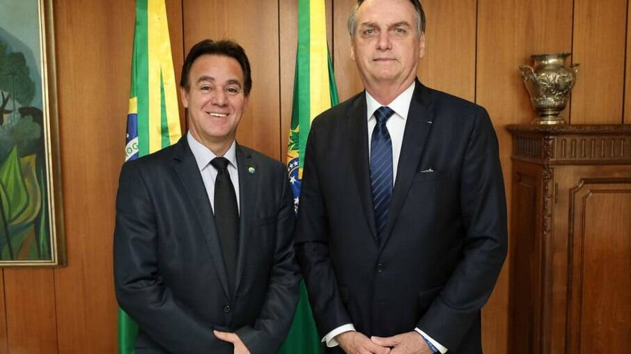 Adilson Barroso e Jair Bolsonaro