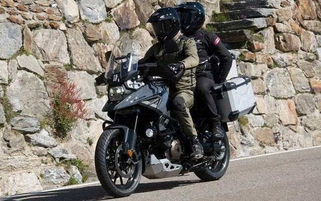 Nova Suzuki V-Strom tentará desbancar as rivais Kawasaki, a linha GS da BMW e a Triumph Tiger