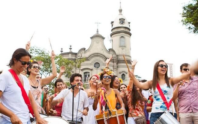 O bloco Tarado Ni Você, que toca músicas de Caetano Veloso, desfila em São Paulo no sábado (22), às 14hs., saindo da esquina da São João com a Ipiranga