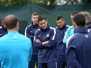 Após 13 anos no Chelsea, Lampard vai jogar no Manchester City por alguns meses
