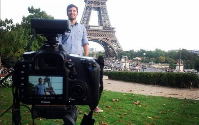 Bruno Pinheiro grava vídeos por onde passa e formata cursos para vender a empreendedores