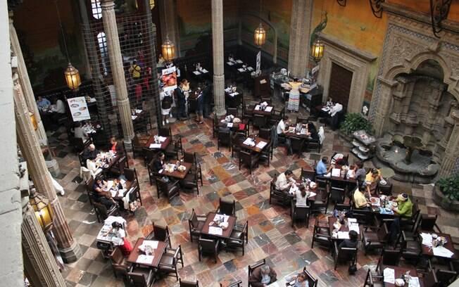 Casa de los Azulejos, um dos restaurantes centenários do centro histórico