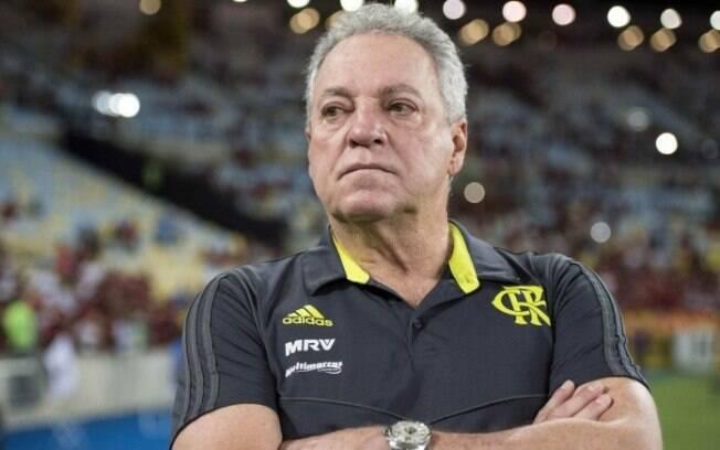 Abel Braga está na corda bamba e pode ser demitido do Flamengo em caso de queda