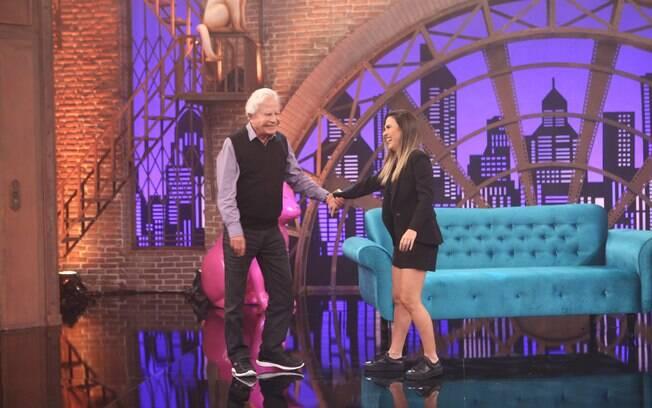 Cid Moreira fala sobre o início de sua carreira no Lady Night