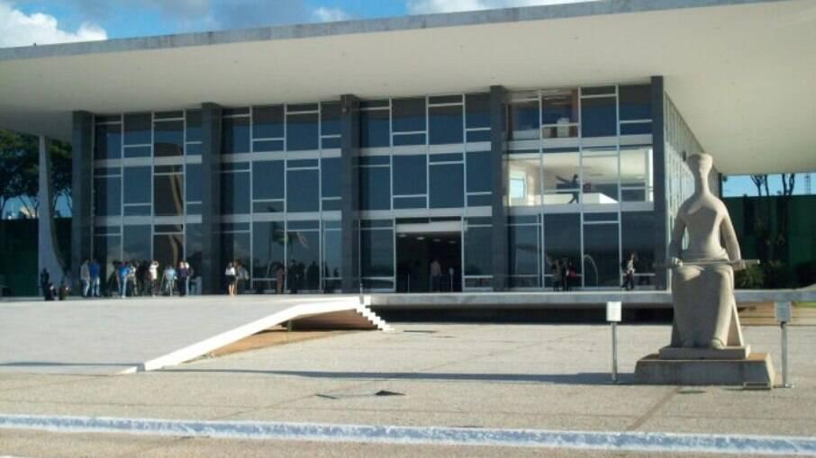 Salário de ministro do STF é considerado teto do funcionalismo para a Constituição