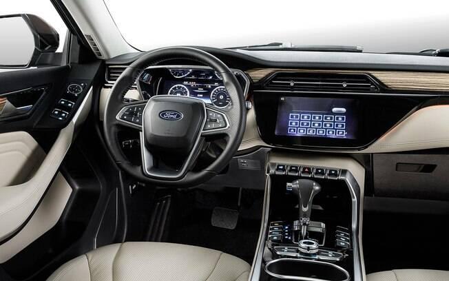 Interior do Ford Territory 2019 vem com luz ambiente, multimídia com tela sensível ao toque, entre outros itens