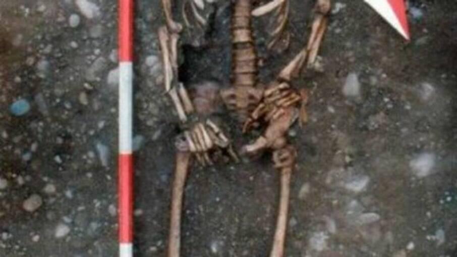 Esqueleto encontrado na Itália