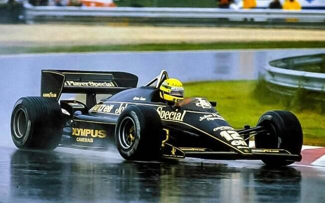 Senna venceu difícil prova em Portugal e se consagrou em condições desfavoráveis, como em piso molhado