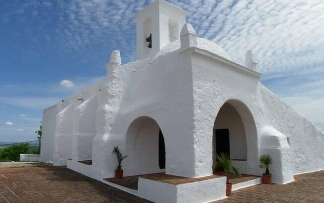 Suas as férias em Alentejo para curtir o turismo religioso não ficarão completas sem uma ida à Ermida de Guadalupe
